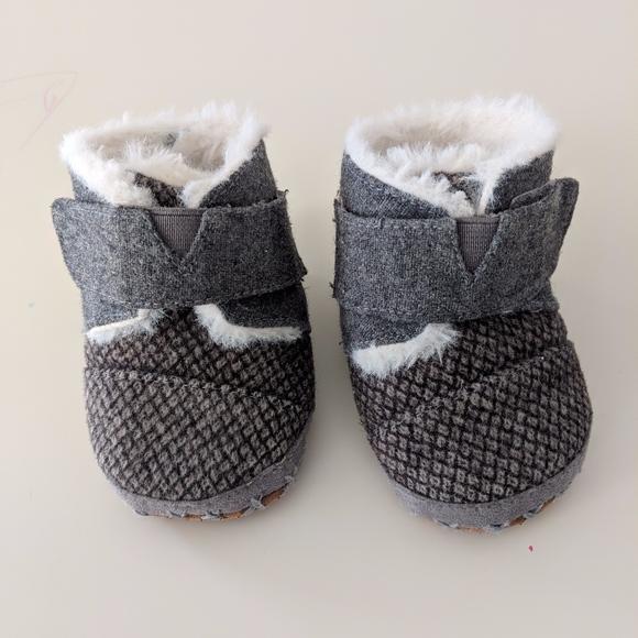 Toms Shoes   Toms Fur Infant Booties